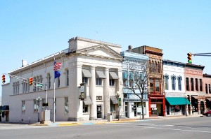 800px-Downtown_Plymouth_IN_2